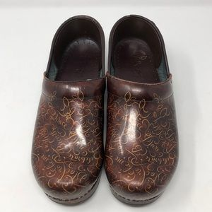 Dansko Brown Clogs With Cursive Writing Size 39